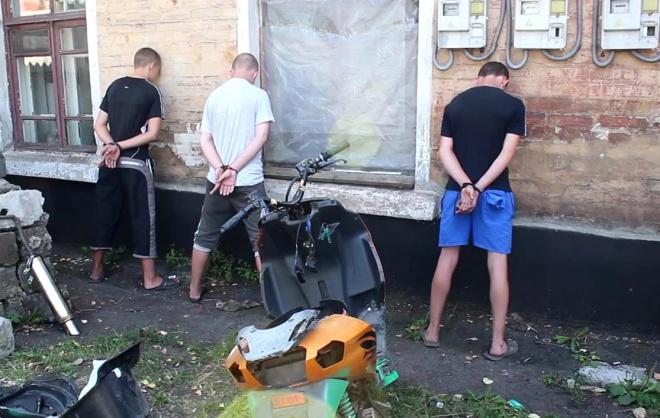 Бойовики «ДНР» звинувачують дітей в диверсійній діяльності - фото