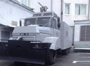 Для розгону демонстрацій в Києві спішать відремонтувати водомети - фото