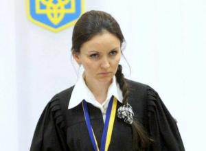 Суддя Царевич пручається своєму звільненню - фото
