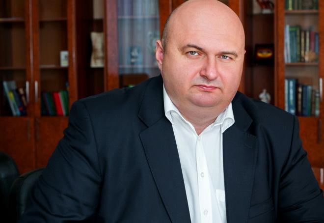 Голова Хмельницької ОДА, маючи мільйони, не погребував державною допомогою по безробіттю - фото