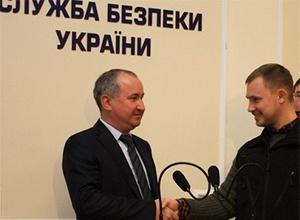СБУ звільнила викраденого екс-офіцера ФСБ Іллю Богданова (відео) - фото