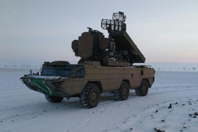 Українські ракетники провели навчання біля окупованого Криму - фото