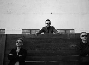 «Де ж революція?», - запитує Depeche Mode у своєму новому кліпі - фото