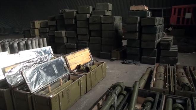 На Запоріжжі виявили величезний арсенал зброї та боєприпасів - фото