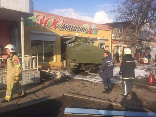 В Миколаєві у ДТП загинув військовослужбовець - фото