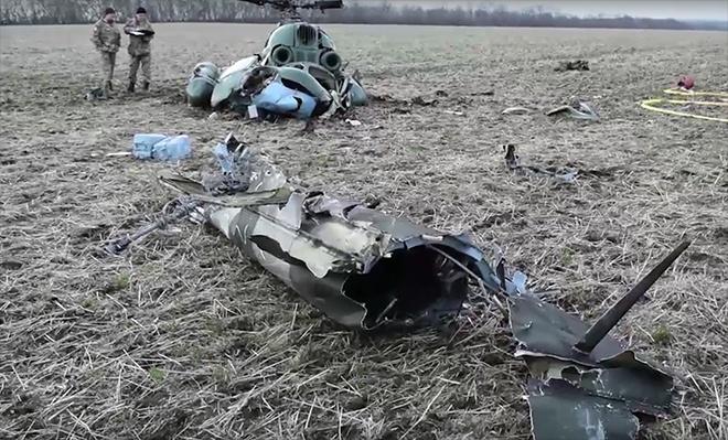 В Міноборони назвали імена загиблих внаслідок авіакатастрофи Мі-2 - фото