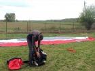 З Угорщини в Україну занесло парашутиста