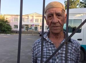 Схопленого за одиночний протест хворого діда посадили на 10 діб - фото