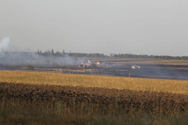 На Донеччині сталася пожежа на складі боєприпасів з детонацією - фото