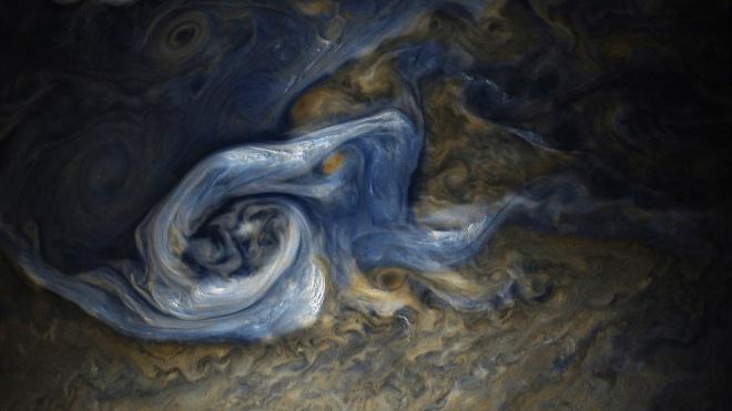 НАСА показало причудливий вигляд бурі на Юпітері - фото