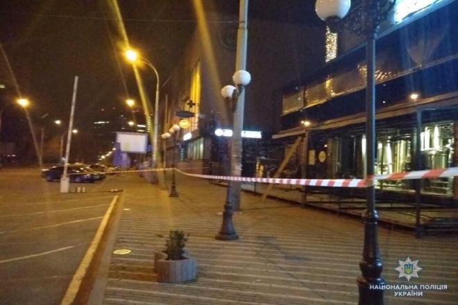 Обстріляли з гранатомету офіс «Київміськбуду» - фото