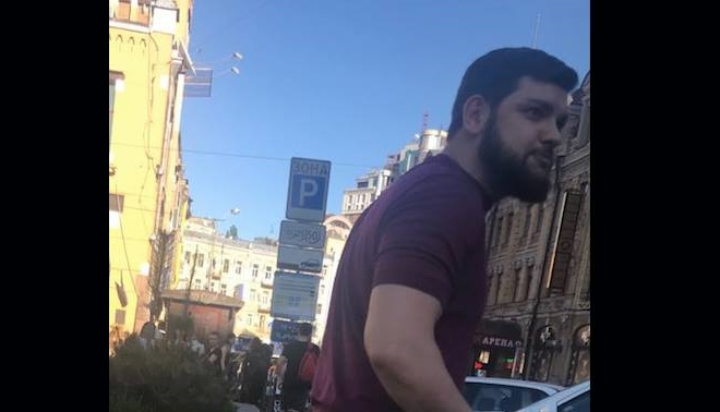 Прокуратура: один з нападників на Найєма покинув Україну через 2 години - фото