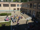 У миколаївській школі розпилили невідому речовину: до лікарні доставлено 36 учнів