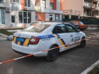 В Києві шматком балкону з багатоповерхівки вбило жінку