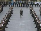 Порошенко звільнив міністра Полторака з військової служби