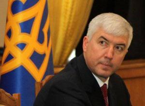 Колишньому міністру оборони оголошено про підозру в державній зраді - фото