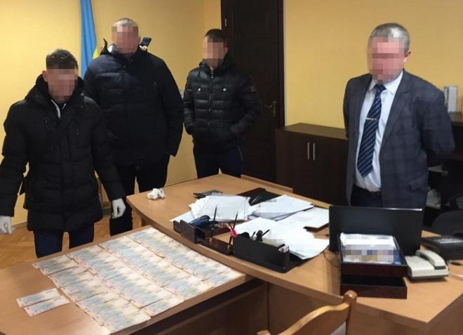 На хабарі затримано голову райдержадміністрації на Львівщині - фото