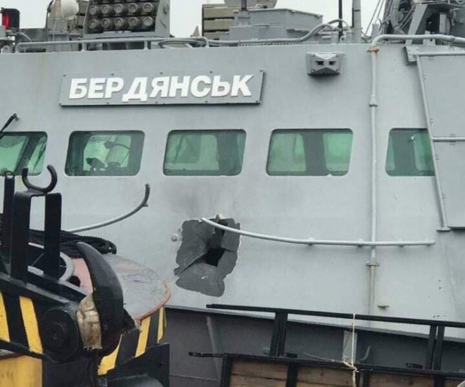 Під час атаки в Керченській протоці росіяни випустили 1200 снарядів, - адвокат - фото