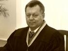 Суддю побили й поламали йому ногу, сказавши: «Ти ще кров'ю не харкав»