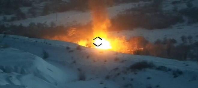 Захисники знищили ворожу МТЛБ-У із зеніткою - фото