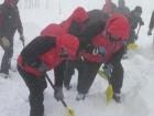Житель Києва загинув під лавиною біля гори Стіг