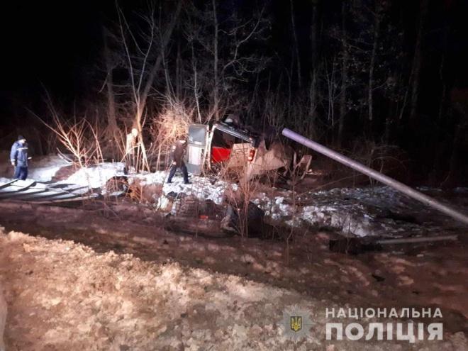 На Полтавщині перекинувся мікроавтобус, загинули четверо осіб - фото