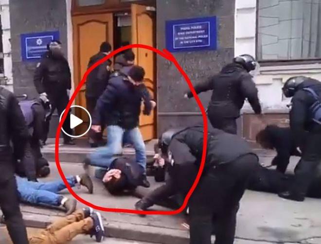 Побиття активістів поліцією розслідує ДБР - фото