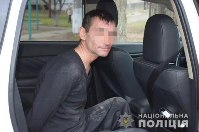 П'яний чоловік збирався підірвати житлову багатоповерхівку - фото