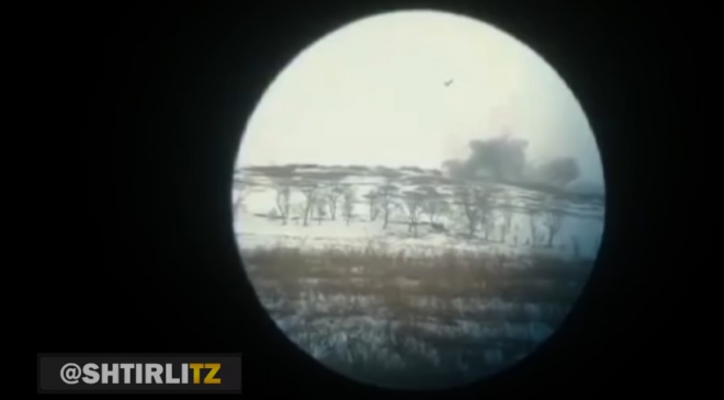Залишки бліндажу окупантів зробили «феєричні кульбіти» у повітрі - фото