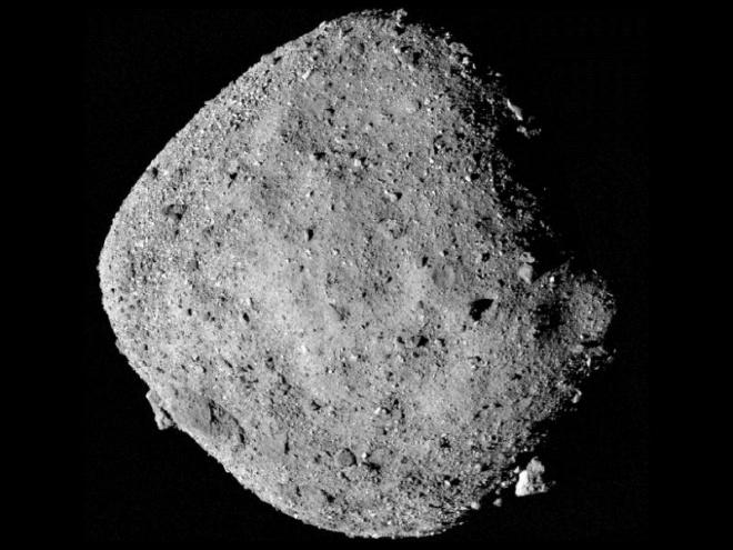 Астероїд Бенну з часом обертається все частіше - фото