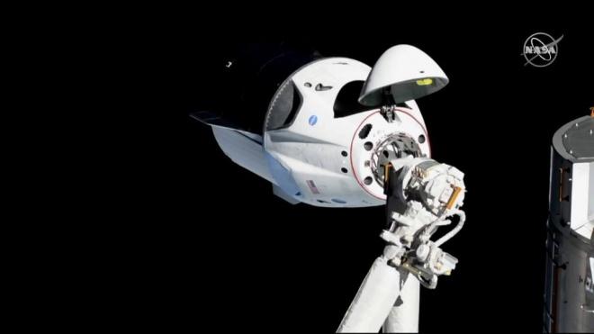 """""""Crew Dragon"""" успішно пристикувався до МКС - фото"""