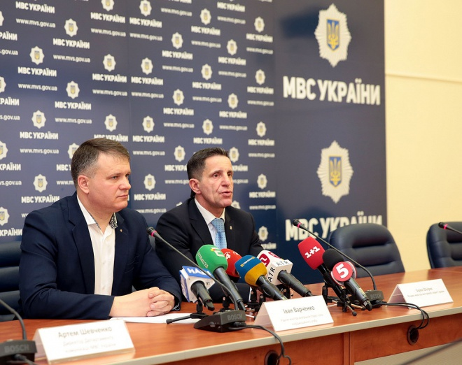 """МВС знайшло 30 """"аномальних"""" виборчих дільниць - фото"""