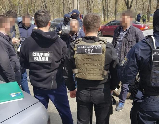 На Одещині прокурора затримано на хабарі в $10 тис - фото