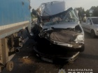 Автобус з дітьми зіткнувся з фурою на Дніпропетровщині