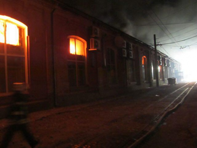 В пожежі в одеському готелі загинуло 8 людей - фото