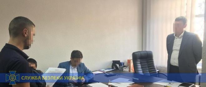 Керівництво «Київзеленбуду» викрили на розкраданні державних коштів - фото