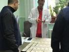 Як в Національному інституті раку лікарів навчають здирництву – відео