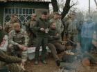 Нацполіція: ветерани-добровольці прибрали свою зброю із Золотого-4
