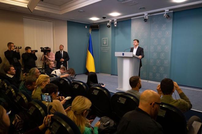 Зеленський: Україна погодила «формулу Штайнмаєра» - фото