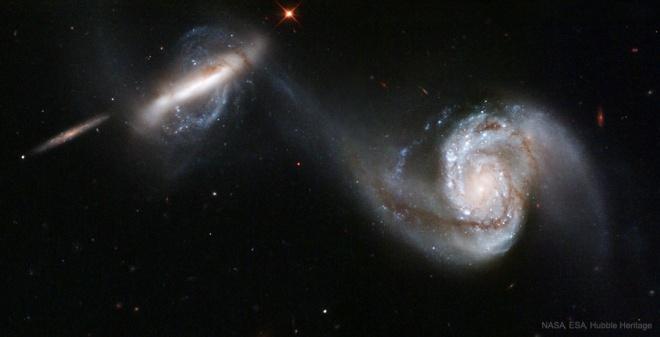 Злиття галактик є рухомою силою зореутворень - фото