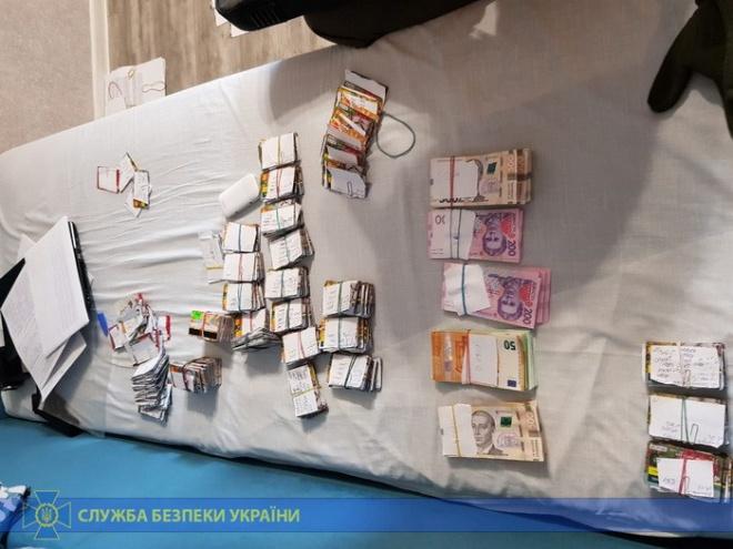 Бойовикам на окупованих територіях організували соцвиплати з Харківщини - фото