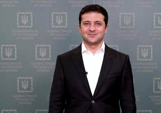 Зеленський виступив з відеозверненням щодо ринку землі - фото
