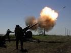 Окупанти продовжують обстрілювати з важкого озброєння поблизу Оріхового