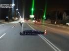 П'яний поліцейський на авто на смерть збив перехожого і втік