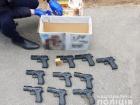 Екс-беркутівець продавав зброю криміналітету