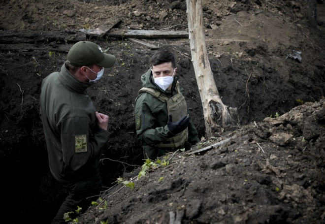 Зеленський вказав на результативність розведення сил на Донбасі - фото
