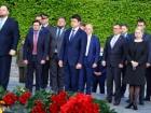 Разумков та представники ВР разом відвідали меморіал в парку без масок