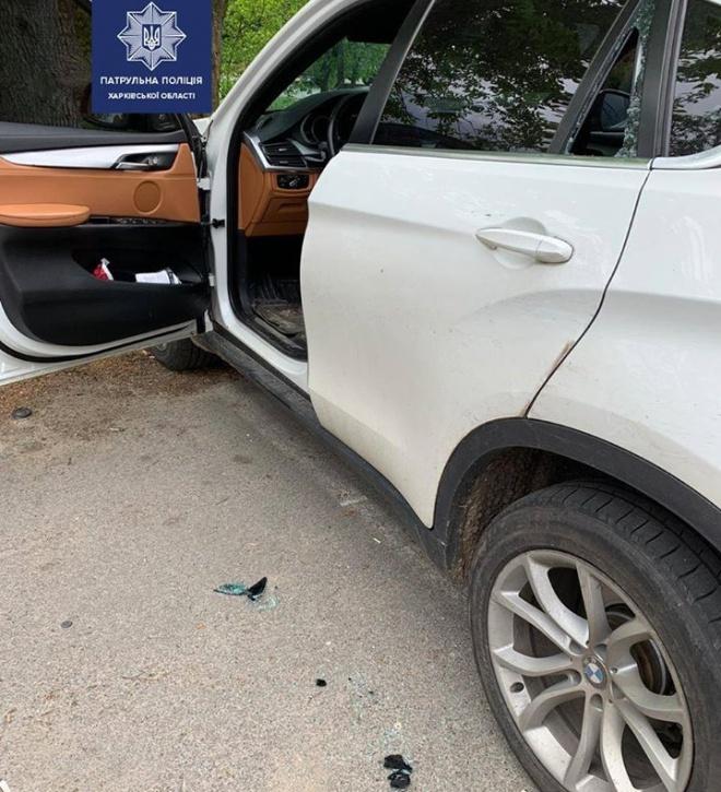 В Харкові патрульний стріляли в авто, яке на нього наїхало - фото