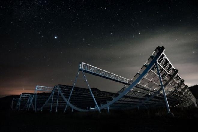 Астрономи виявили радіохвилі з регулярним ритмом, походження яких невідоме - фото