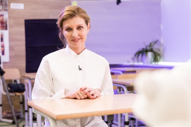 Дружина Зеленського продовжує лікування в стаціонарі - фото